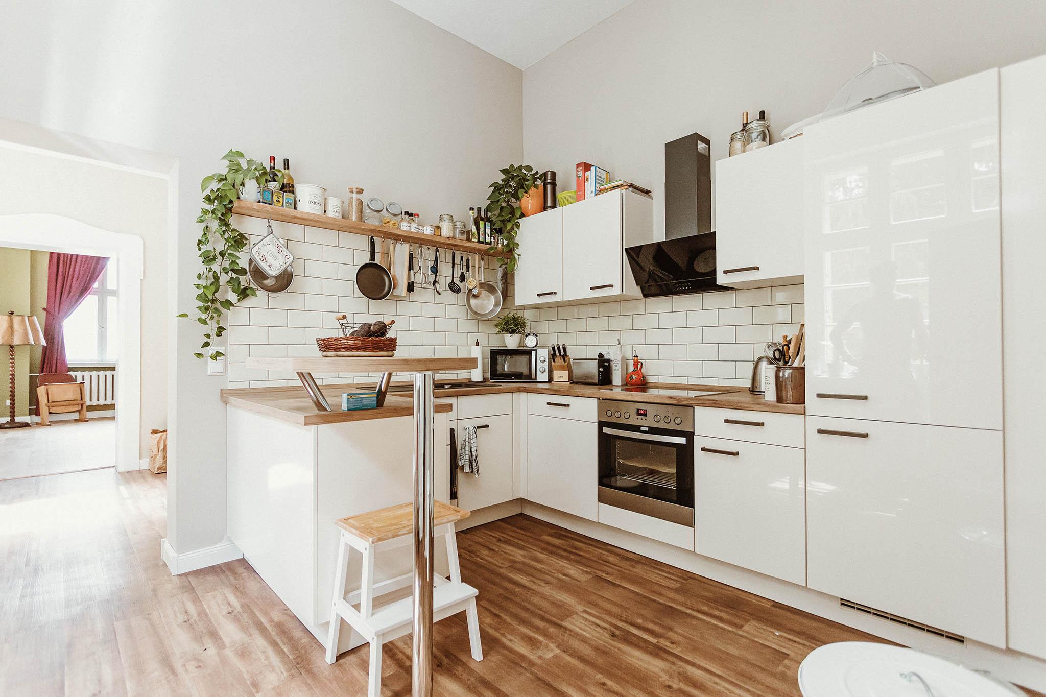 florianfeg_immobilien_sanierung_interior_kue_2048